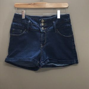 BLUENOTES High Rise Jean Shorts Size…